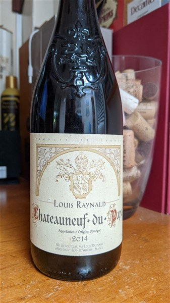 Châteauneuf-du-Pape 2014 French red wine from the Southern Rhone